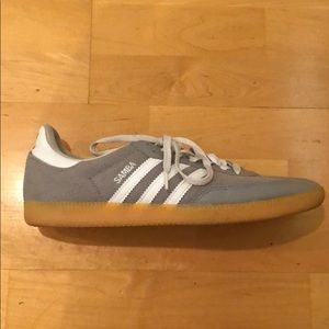 cheaper 7d7c1 2121b Men s Gray Adidas Samba Sneakers 11.5